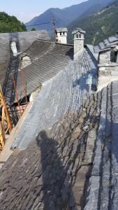 Riparazione tetti in piode (2)
