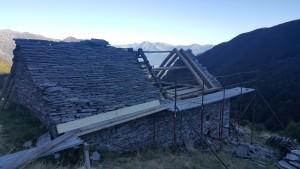Riparazione tetti in piode (4)