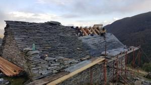 Riparazione tetti in piode (9)